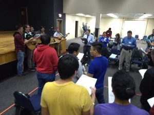 Christians-on-Campus-College-Conference-Singing